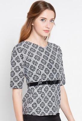 Model Baju Batik Atasan Kerja Wanita gemuk