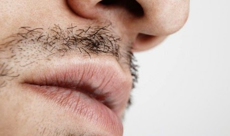 Aneh Gigi Tumbuh di Hidung