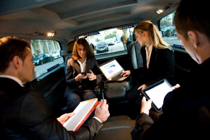 voiture communicante les taxis g7 passent au wi fi embarqu. Black Bedroom Furniture Sets. Home Design Ideas