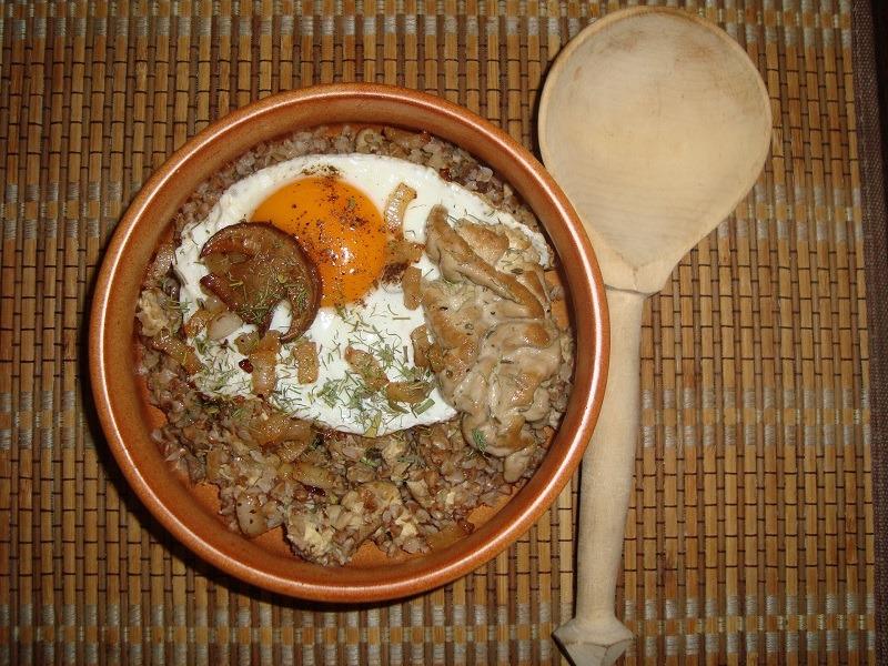"""Каша """"Старокиевская"""" с мясом и грибами: пожалуй, самый древний и вкусный рецепт гречневой каши"""