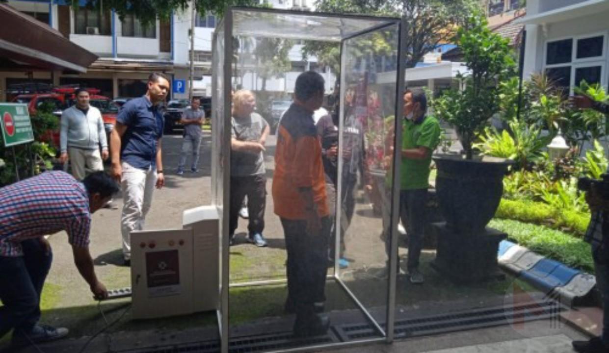 Posko Tim Satgas Covid-19 Dipasang Anti Virus Sarcovit Booth