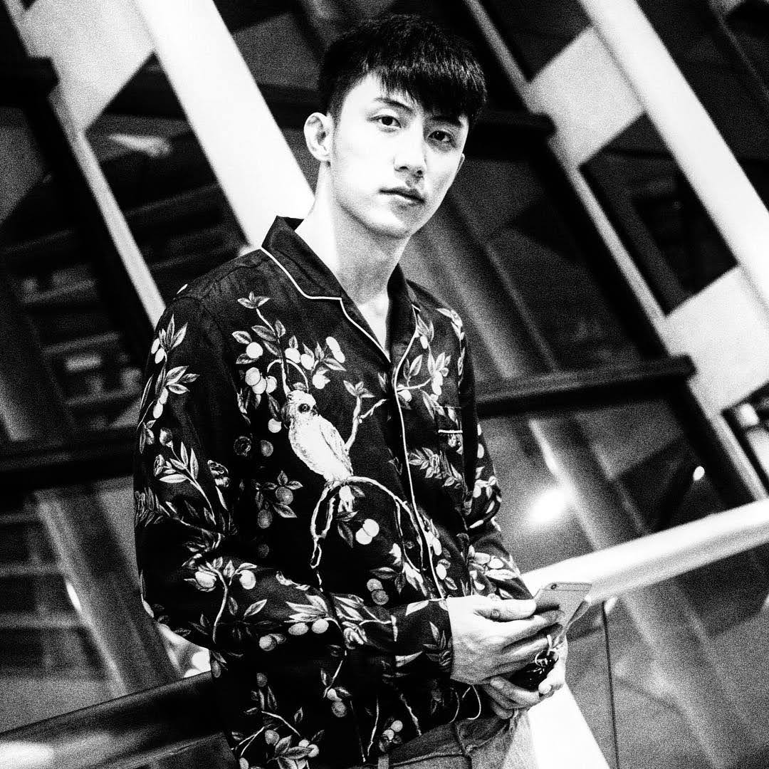 Johnny Huang 6