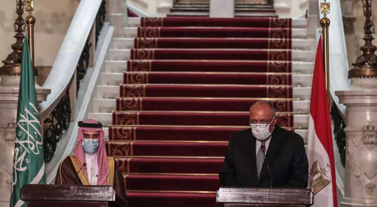 بحث التطورات الفلسطينية بين مصر والسعودية
