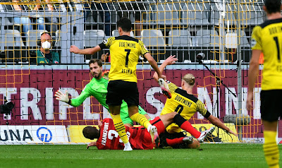 ملخص واهداف مباراة بوروسيا دورتموند وفرانكفورت (5-2) الدوري الالماني