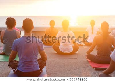 konsetrasi yoga melancarkan pernafasan