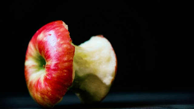 Eating apples would be even better for your health if you did it that way