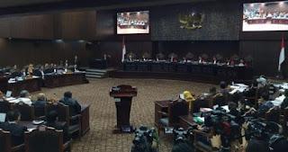 Buka Sidang Sengketa Hasil Pilpres, Ketua MK : Sidang Disaksikan Allah SWT