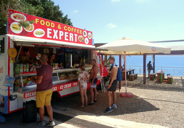 Food trucks Porto Katsiki