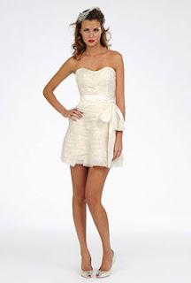 9 Você casaria de vestido curto?!?