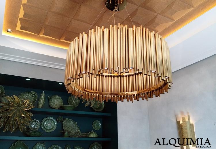 lampara-cobre-casa-decor-madrid-2016-estantería-hoja-verdes-metalicas-