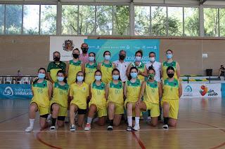Las chicas del CAB Linares se alzan con la Copa Delegación FAB Jaén 2021 en Bailén