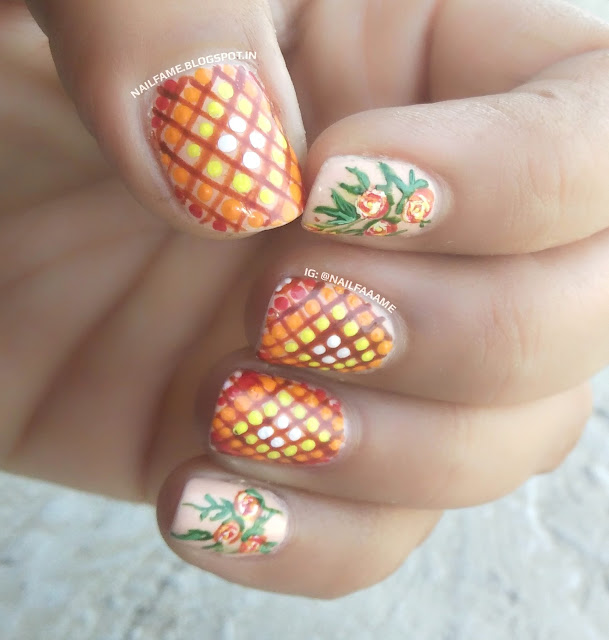 MOSAIC AND FLOWER NAILART