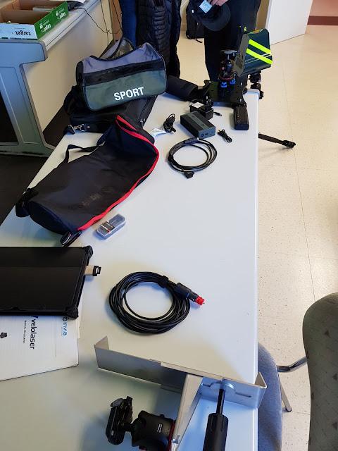 Nuevo radar Velolaser con sus accesorios y soportes