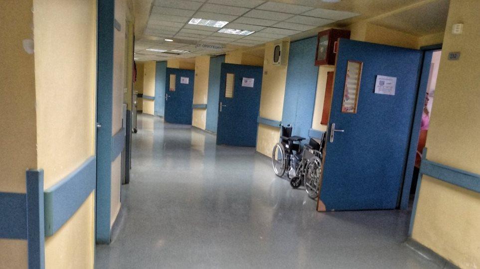 Σέρρες: Ρομά τα «έσπασαν» σε Κέντρο Υγείας