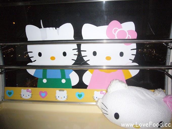 高雄前鎮-夢時代高雄之眼摩天輪-Hello Kitty車廂 浪漫高雄夜景-Dream Mall