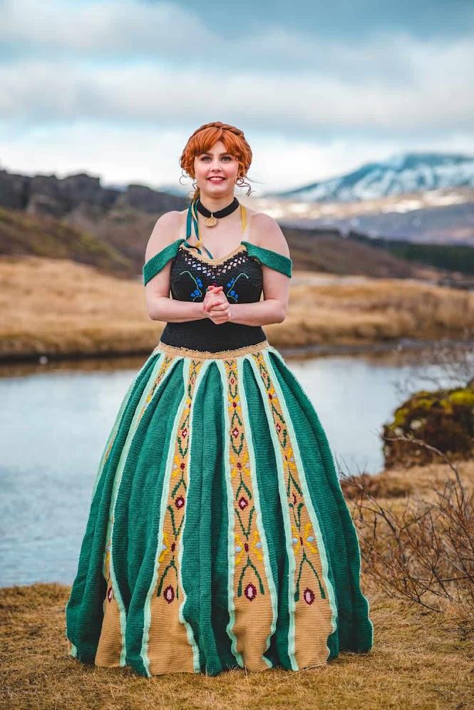 Crochet Cosplay: Princess Anna Coronation Dress