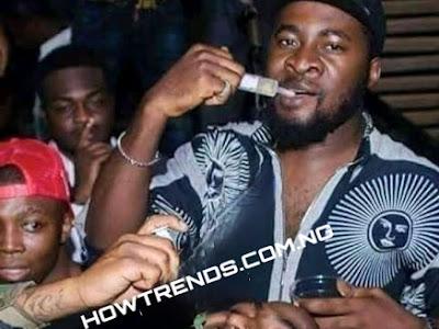 Davido  caught taking hard drugs in a club(PHOTOS)