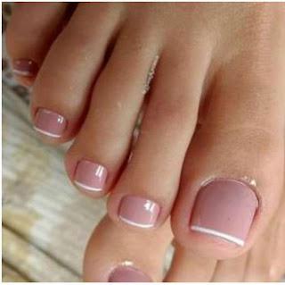 pies bonitos de mujeres limpios y aseados