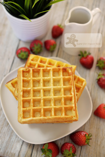 best crispy fluffy sour cream waffles