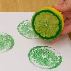 Estampar tejidos con un limón