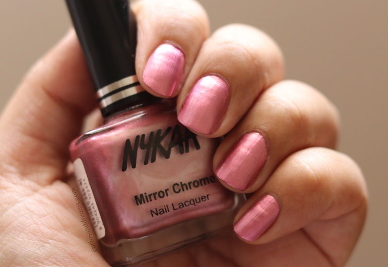 Nykaa Mirror Chrome Nail Lacquer Pink Pinwheel review