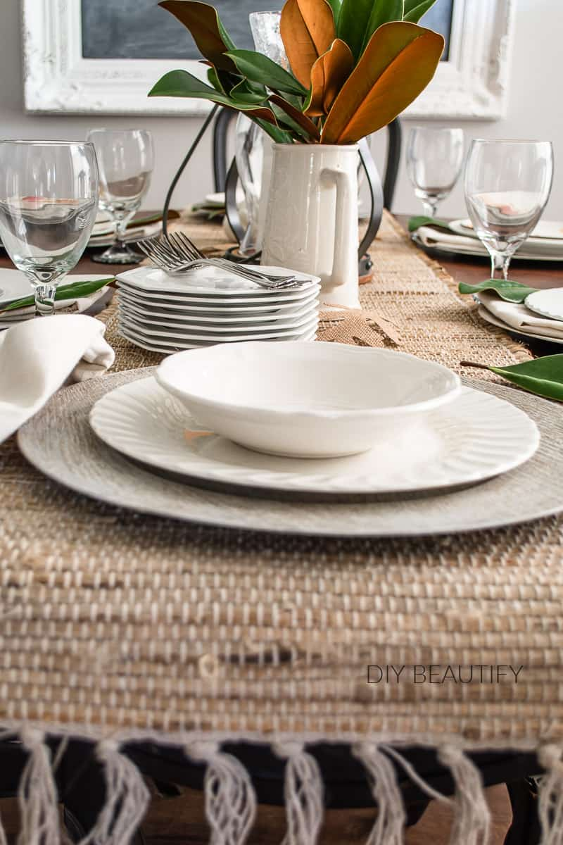 neutral table decor