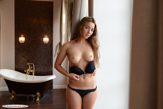 青少年的裸体女孩 - ruzanna_a_23_69839_2.jpg