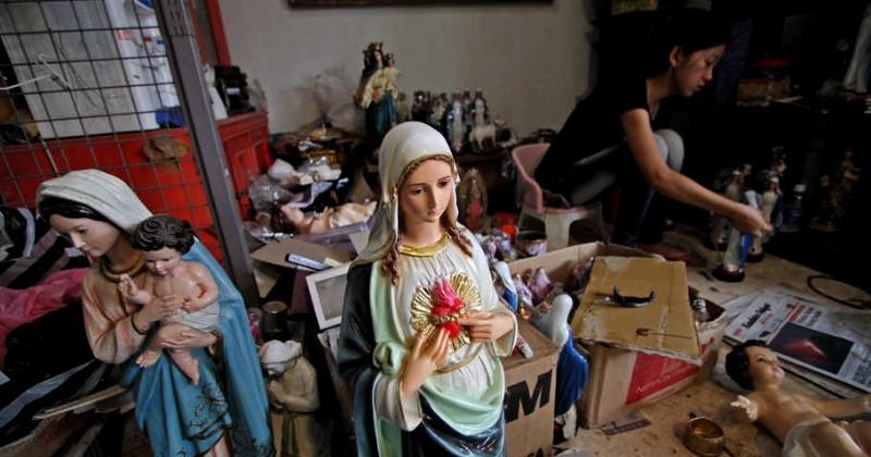 Kisah Mengharukan Seniman Muslim Jateng Pembuat Kolase Bunda Maria Terbesar di Dunia