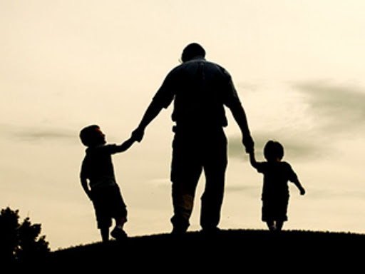 قصة جميلة بعنوان (بروا آبائكم تبركم أبنائكم)