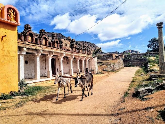 A breezy drive and Hike to Ratnagiri fort ( near Madhugiri)