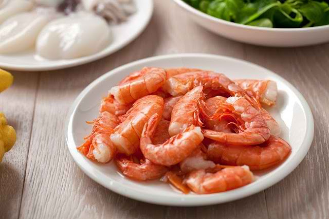 Various Benefits of Eating Shrimp and the Risks for Health
