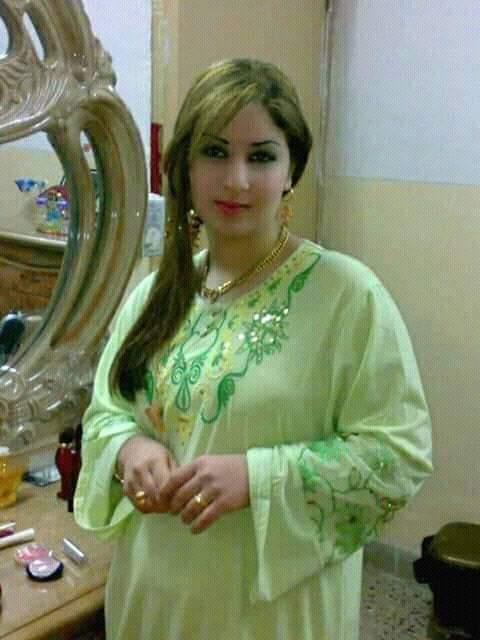 مطلقة عراقية مقيمة في اليمن ارغب في الزواج من شاب عربي او خليجي