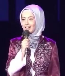 Penyanyi Cantik Medreseja Haxhi Sheh Shamia Bikin Ramadlan TK Penasaran