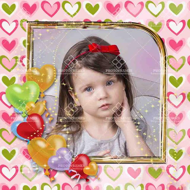 Plantilla decorada con corazones para colocar fotos de cumpleaños