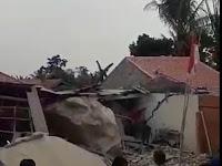 Viral di Wag, Batuan Besar dari Atas Gunung Menimpa Rumah Warga di Kampung Cihandeuleum