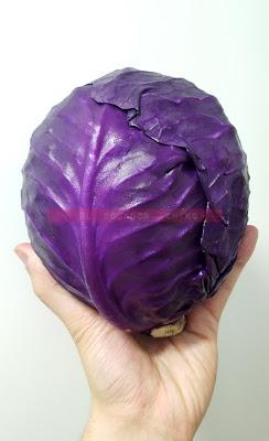 Trinxat patata violeta col lombarda huevo frito butifarra blanca elcoladorchino