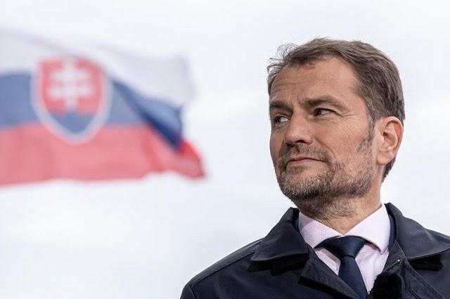 Bocsánatot kért a magyarokat az anyanyelvhasználatuk miatt ért igazságtalanságokért a szlovák kormányfő