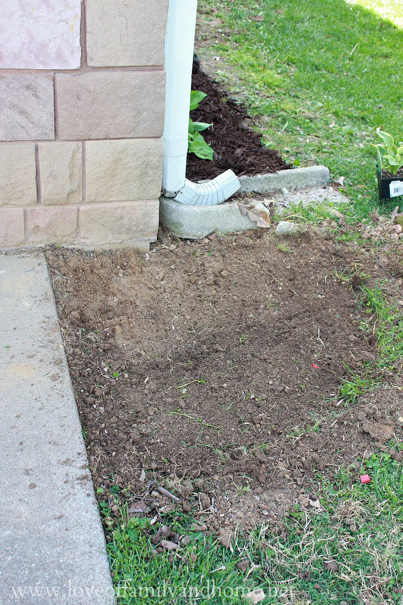 Side Yard Makeover Creating Curb Appeal Love Of Family Amp Home
