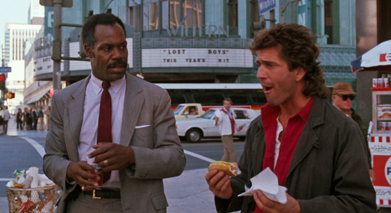Danny Glover & Mel Gibson in LETHAL WEAPON (1987). Quelle: Screenshot Warner Blu-ray (skaliert)