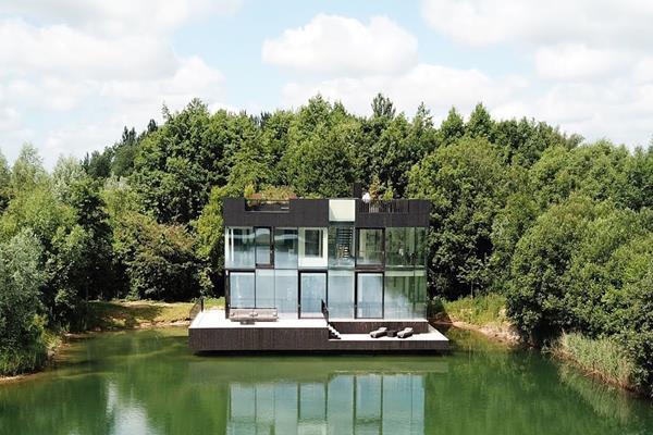 cam villa-glass villa