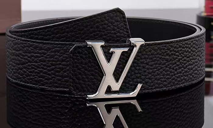 d2aec71e13c Louis%2BVuitton%2BLV%2BInitiales%2B40MM. This amazing looking belt is one  of the most expensive ...