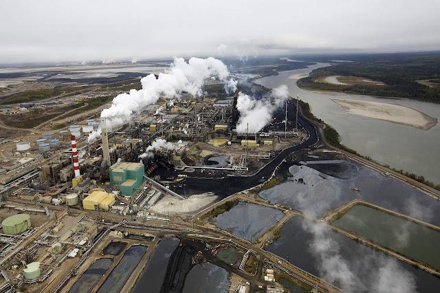 Dầu mỏ tăng vọt trước dự báo giảm mạnh nguồn cung từ Canada