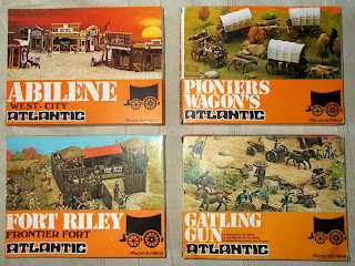 Abilene West-City; Atlantic; Bank; Cavalry Fort; Fort Riley; Four Cattle Wagons; Frontier Fort; Gatling Gun; Hotel; Mezzi Del West; Pioneer's Wagons; Pioniers Wagon's; Plastic Toy Figures; Saloon; Sherif; Sheriff; Small Scale World; smallscaleworld.blogspot.com; US Cavalry Guns; Wild West Fort; Wild West Wagons;