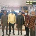 Semangati Atlit Asal Selayar, H. Saiful Arif Sempatkan Diri Datang Ke Jayapura
