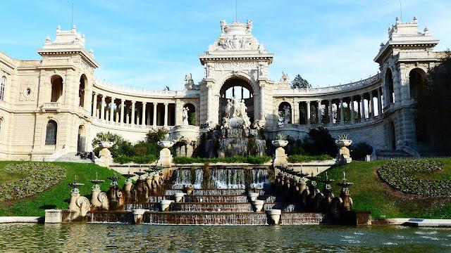 Chateau D'eau Palais Longchamp