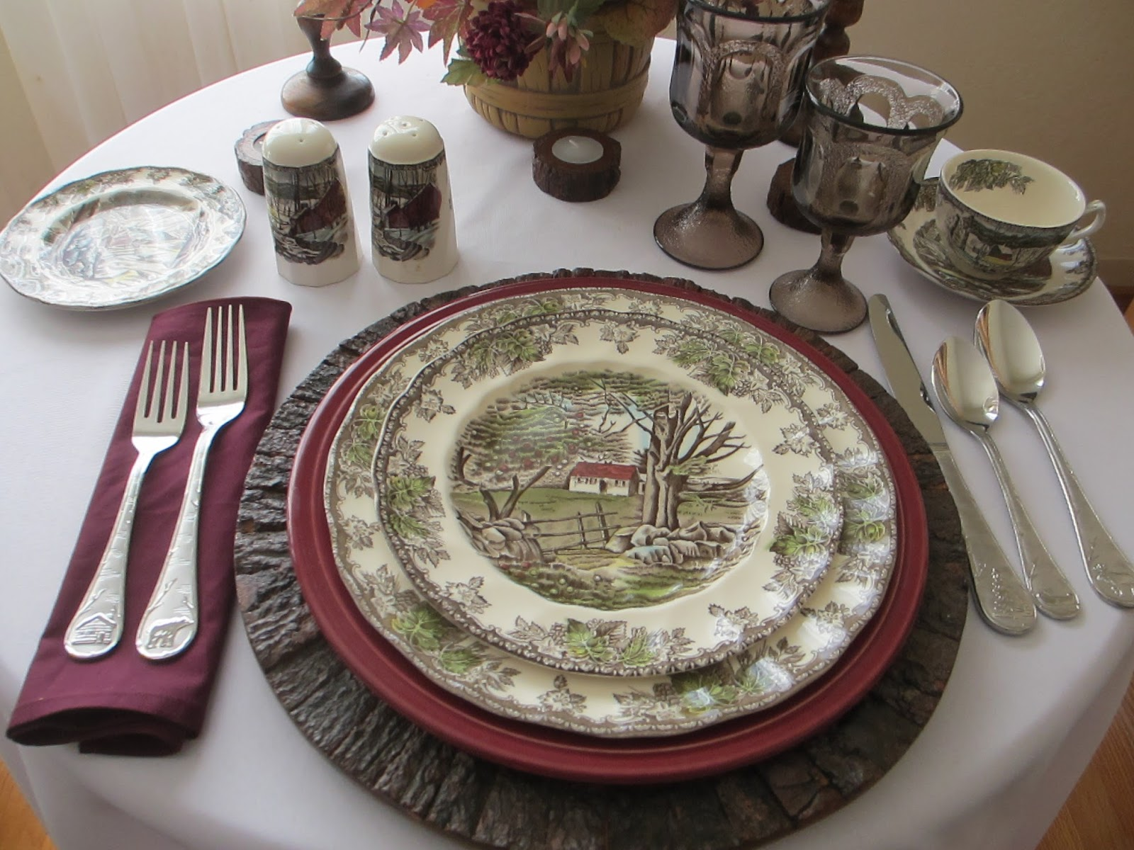 It seemed natural to use Johnson Brotheru0027s  Friendly Village  dinnerware to go with it. & Table for One: Friendly Village Fall Table