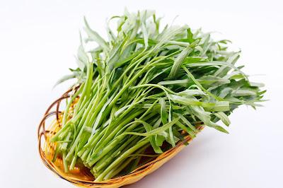 Ngoài người bệnh sỏi thận những ai không nên ăn rau muống ?