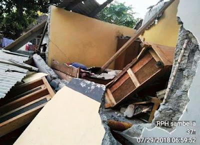 Bangunan-Roboh-Akibat-Gempa-Lombok