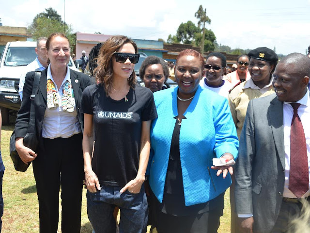 Victoria Beckham in Kenya with son Brooklyn for Beyond Zero initiatives