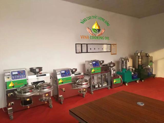 trưng bày sản phẩm máy ép dầu ăn siêu sạch